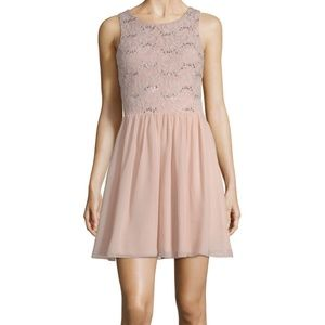 Speechless fit & flare dress, latte pink, size 5